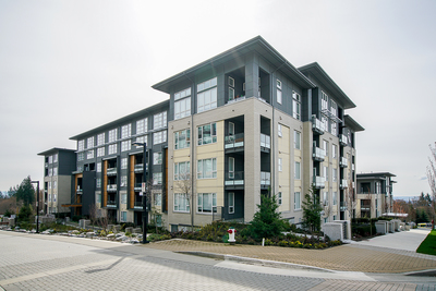 SFU Apartment Unit for sale: VERITAS 2 bedroom 960 sq.ft. (Listed 2018-04-03)
