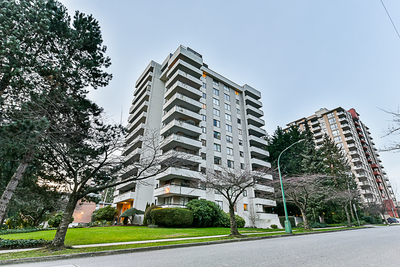 Highgate CONDO for sale: MIDDLEGATE TOWERS 2 bedroom 863 sq.ft. (Listed 2018-12-06)