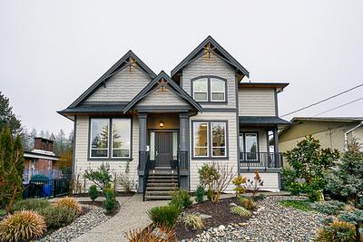 Glenwood  House for sale:  6 bedroom 5,231 sq.ft. (Listed 2019-01-08)