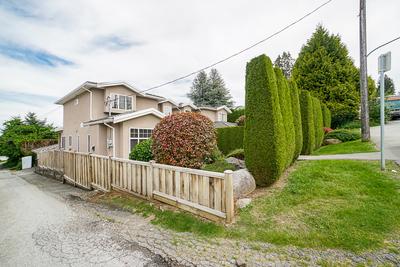 Forest Glen 1/2 Duplex for sale:  4 bedroom 2,095 sq.ft. (Listed 2019-06-04)
