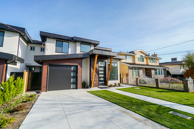 Metrotown 1/2 Duplex for sale: THE MET 4 bedroom 1,836 sq.ft. (Listed 2019-11-05)