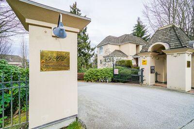 Oaklands Townhouse for sale: ST. ANDREWS AT DEER LAKE 2 bedroom 2,127 sq.ft. (Listed 2021-03-10)