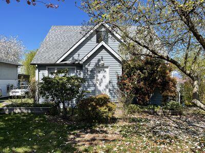 Forest Glen  House for sale:  4 bedroom 2,360 sq.ft. (Listed 2021-04-22)