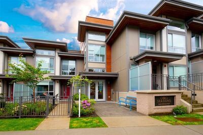 Parkcrest CONDO for sale:  2 bedroom 794 sq.ft. (Listed 2021-04-28)