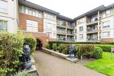 Richnmond Luxury Condo for sale:  3 bedroom 1,245 sq.ft.
