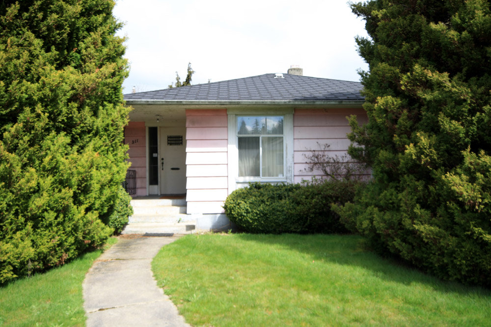 Cambie Bungalow With Basement 48 Bedroom Cool Basement Bedrooms Exterior Property