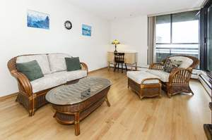Sullivan Heights Condo for sale:  1 bedroom 673 sq.ft. (Listed 2020-01-27)