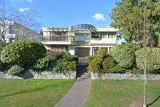 South Cambie House for sale:  6 bedroom 4,053 sq.ft. (Listed 2017-07-21)