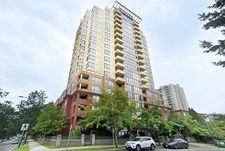 Collingwood VE Apartment/Condo for sale:  3 bedroom 969 sq.ft. (Listed 2020-08-12)