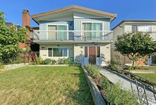 Collingwood VE House/Single Family for sale:  5 bedroom 2,474 sq.ft. (Listed 2020-09-11)