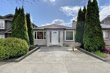 Oakridge VW House/Single Family for sale:  5 bedroom 2,227 sq.ft. (Listed 2021-03-31)