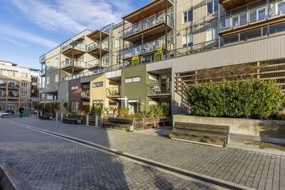 Steveston South Condo for sale: The Pier 1 bedroom 888 sq.ft. (Listed 2020-12-16)