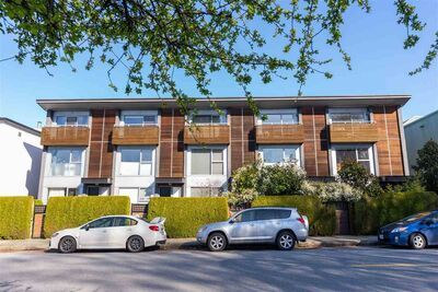 Kitsilano Townhouse for sale: The Point on Kits 3 bedroom 1,342 sq.ft. (Listed 2021-06-01)