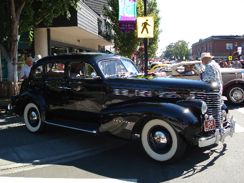 Oak Bay Collector Car Festival 1938 Cadillac