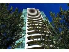 Central Park BS Condo for sale:  3 bedroom 1,237 sq.ft. (Listed 2019-06-04)