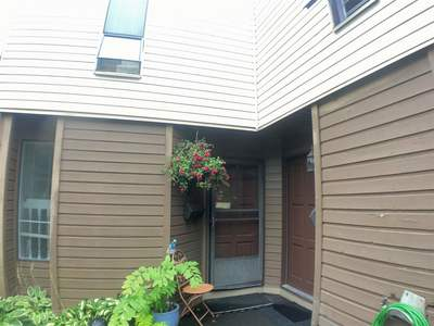 Queen Mary Park Surrey Townhouse for sale:  3 bedroom 1,151 sq.ft. (Listed 2019-08-13)