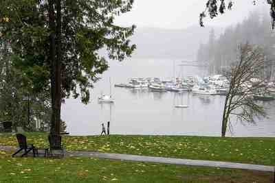 Deep Cove House for sale:  3 bedroom 1,853 sq.ft. (Listed 2017-11-23)