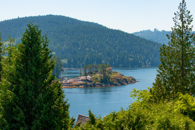 Deep Cove House for sale:  5 bedroom 2,723 sq.ft. (Listed 2018-06-21)