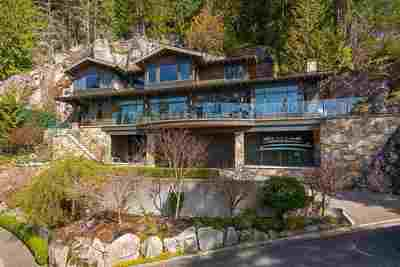 Deep Cove House for sale:  3 bedroom 3,554 sq.ft. (Listed 2019-09-11)