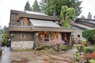 Deep Cove House/Single Family for sale:  4 bedroom 2,787 sq.ft. (Listed 2020-11-19)
