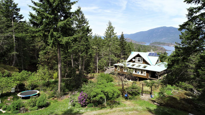 Lasqueti Island 4 Bedroom Home & Guest Cabin for sale: 2,500 sq.ft. (Listed 2019-01-14)
