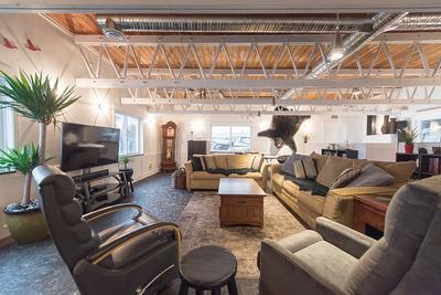 Bridgeport RI Float Home for sale: Vancouver Marina 2 bedroom Tile Backsplash, Glass Shower 2,061 sq.ft. (Listed 2018-01-08)