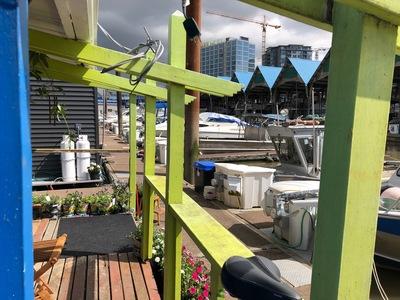 Bridgeport RI Float Home for sale: Vancouver Marina 2 bedroom  Stainless Steel Backsplash 832 sq.ft. (Listed 2020-05-25)