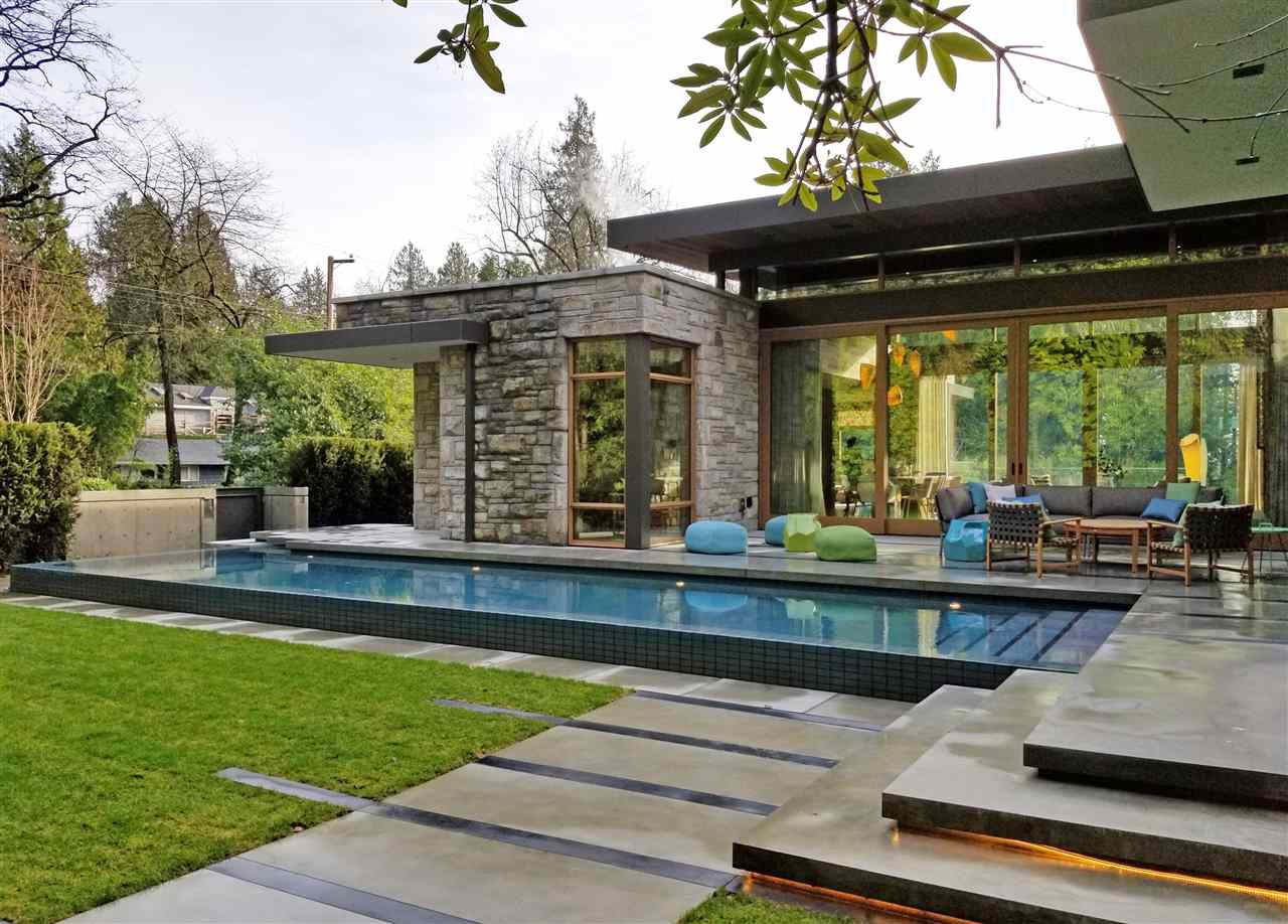 Kerrisdale House for sale:  5 bedroom 6,481 sq.ft. (Listed 2019-11-07)