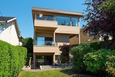 Ambleside House/Single Family for sale:  5 bedroom 3,265 sq.ft. (Listed 2021-06-30)