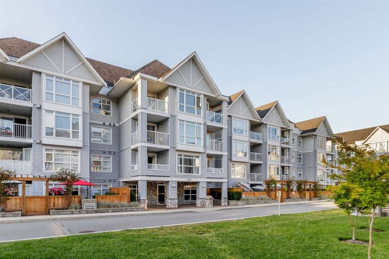 Port Moody Centre Condo for sale:  2 bedroom 851 sq.ft. (Listed 2019-10-07)