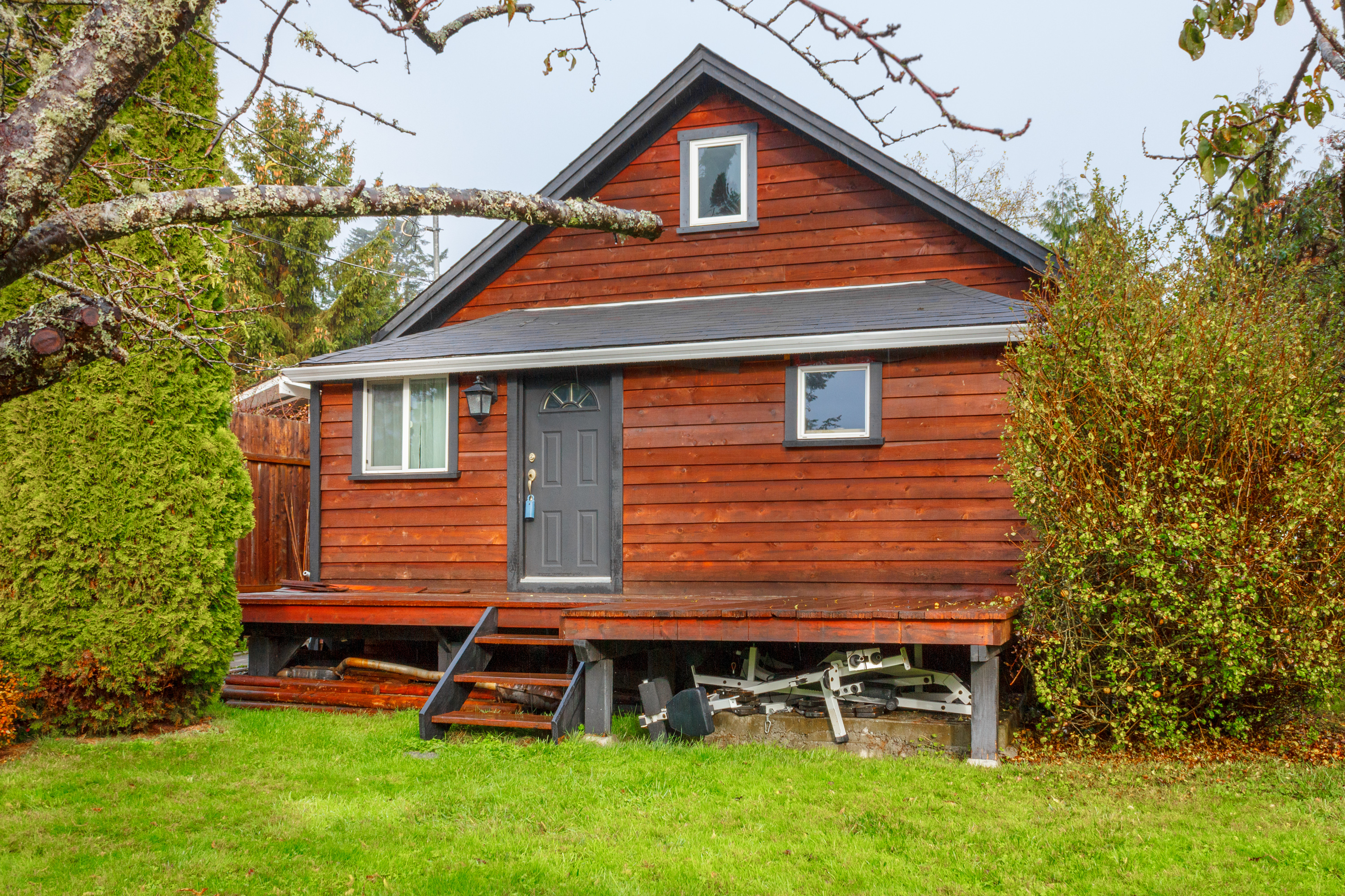 Updated Character Home For Sale - 1750 sqft 3 bed 2 bath - in Saseenos, Sooke