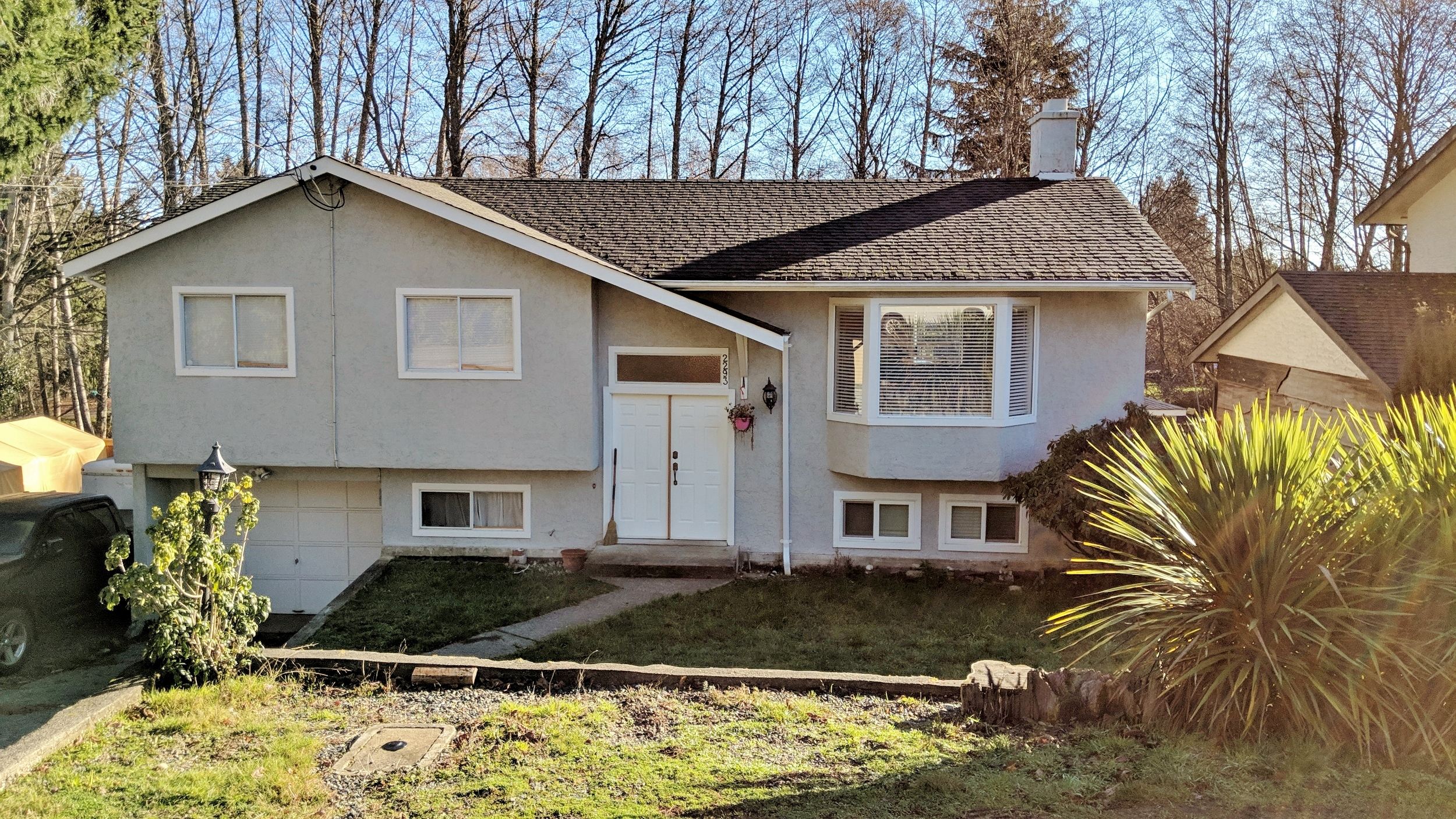 Updated Family Home on a Quarter Acre Lot in Sooke! 5 beds, 3 baths, 2050 sqft