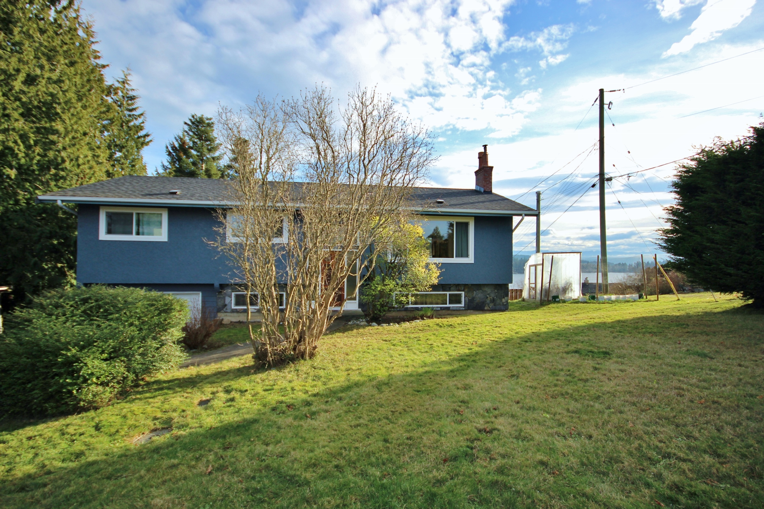 Sooke Village House with Suite for sale:  5 bedroom 2,038 sq.ft. (Listed 2019-01-18)