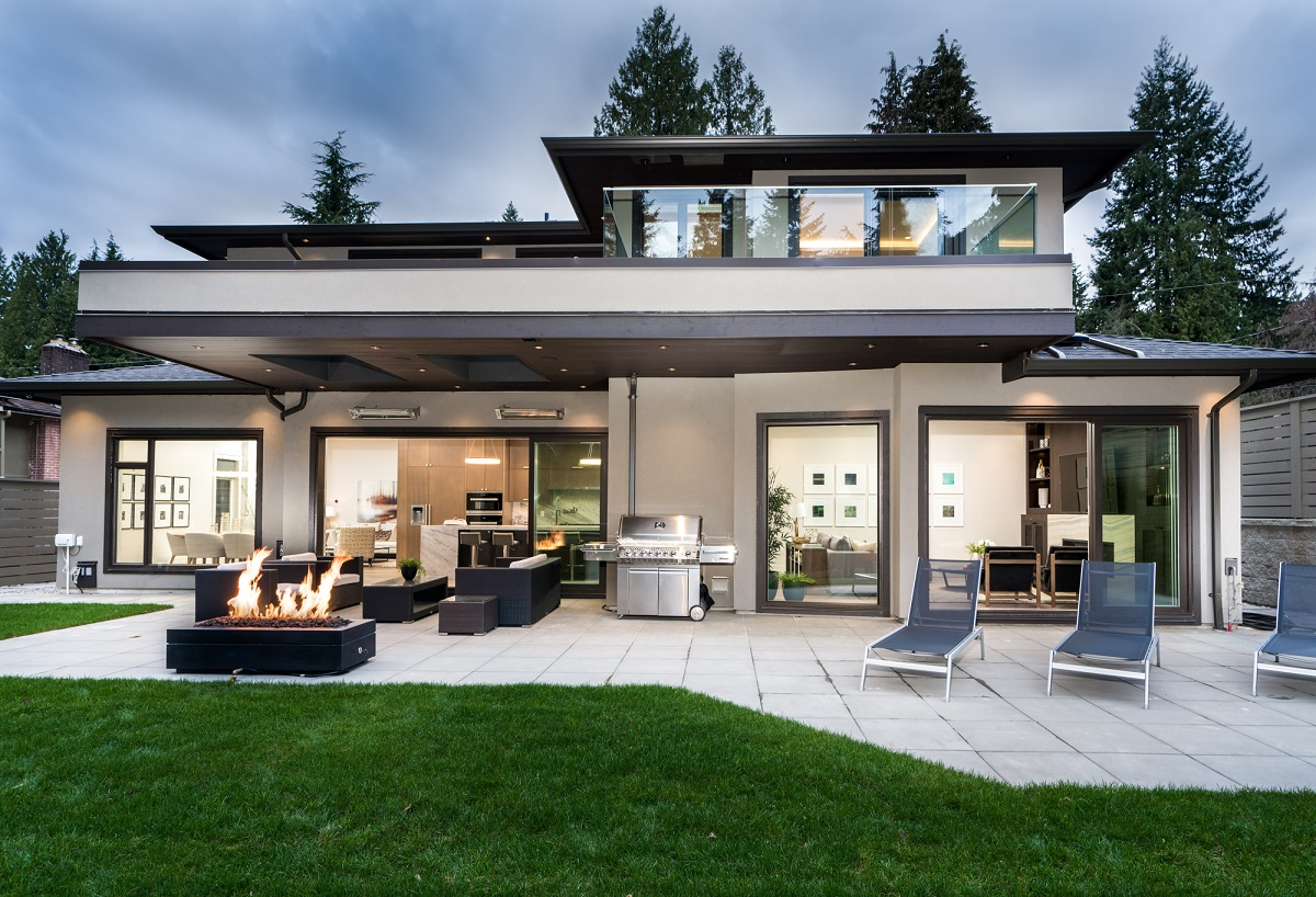 North Vancouver House for sale:  4 bedroom 4,402 sq.ft. (Listed 2018-03-29)