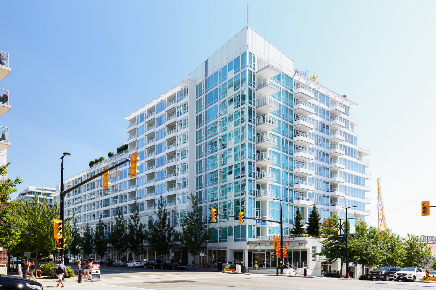 Lower Lonsdale Condo for sale: Pinnacle Residences at the Pier 1 bedroom 576 sq.ft. (Listed 2018-08-07)