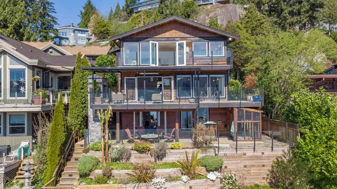 Deep Cove House/Single Family for sale:  3 bedroom 3,286 sq.ft. (Listed 2021-04-25)