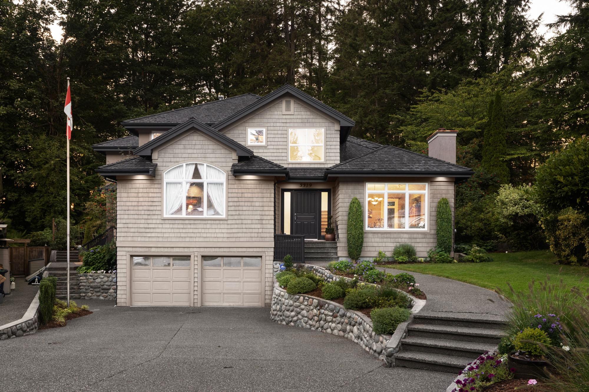 Windsor Park House for sale:  6 bedroom 4,346 sq.ft. (Listed 2021-09-07)