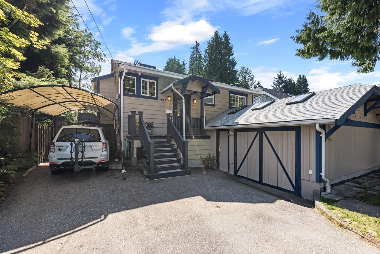 Lynn Valley House/Single Family for sale:  5 bedroom  (Listed 2021-09-14)