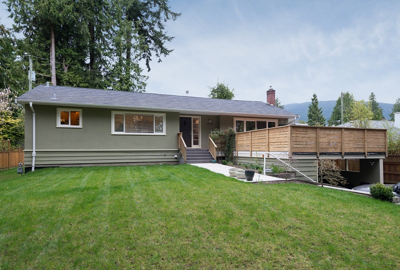 Capilano Highlands House for sale:  4 bedroom 2,796 sq.ft. (Listed 2013-04-15)