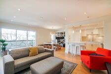 Fairview VW Apartment/Condo for sale:  2 bedroom 1,121 sq.ft. (Listed 2021-03-31)