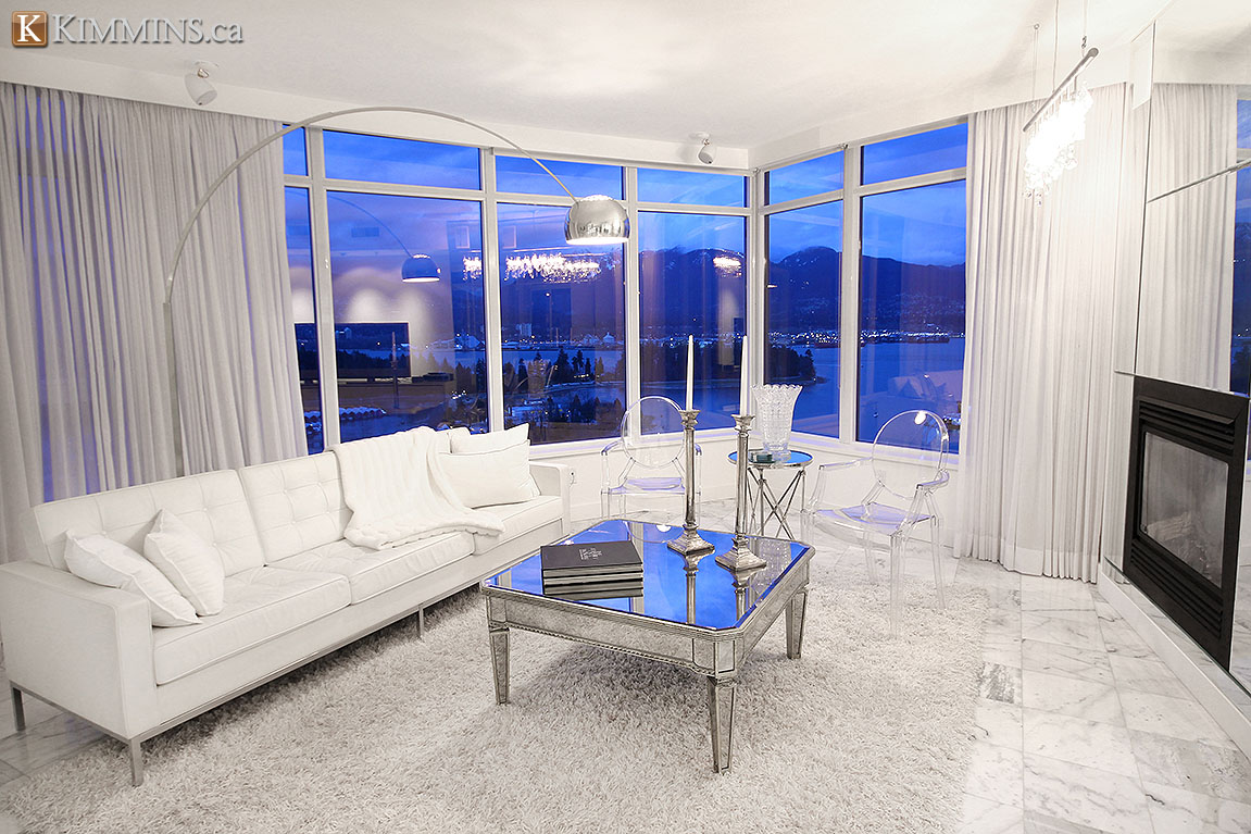 Kimmins and Associates: Luxury Coal Harbour Condo for sale: Callisto 2 bedroom 1,700 sq.ft.