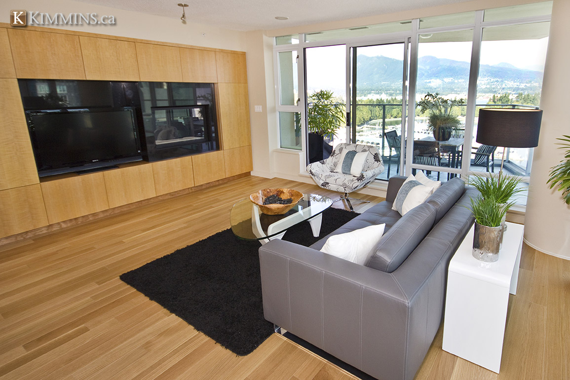 Kimmins and Associates : Luxury Real Estate - Coal Harbour Condo for sale: 1616 Bayshore 2 bedroom 1,811 sq.ft.