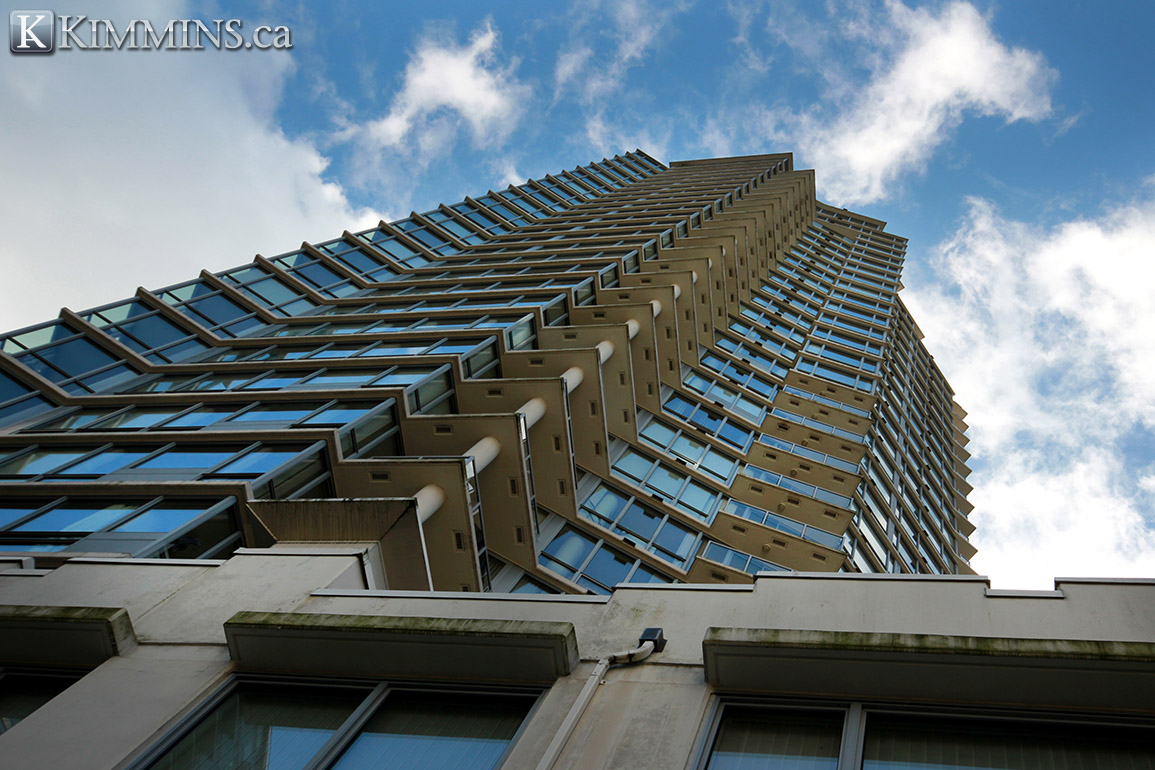 Coal Harbour condo for sale - Kimmins and Associates - Luxury Real Estate - 2 bedroom 1,260 sq.ft. V997482