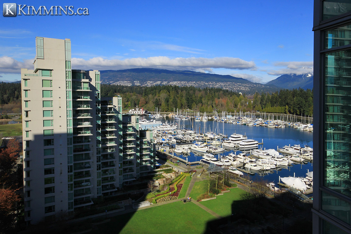 Coal Harbour Condo for sale - Kimmins and Associates - Vancouver Luxury Real Estate - 2 bedroom 1,215 sq.ft. V991430