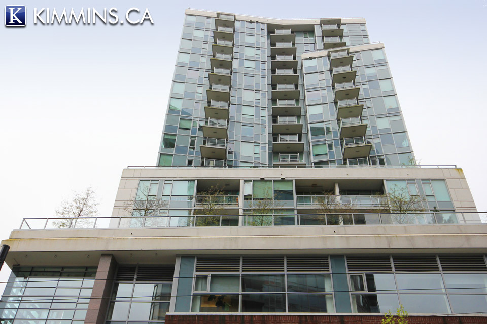 Downtown Vancouver Condo for sale:  2 bedroom 1,015 sq.ft.