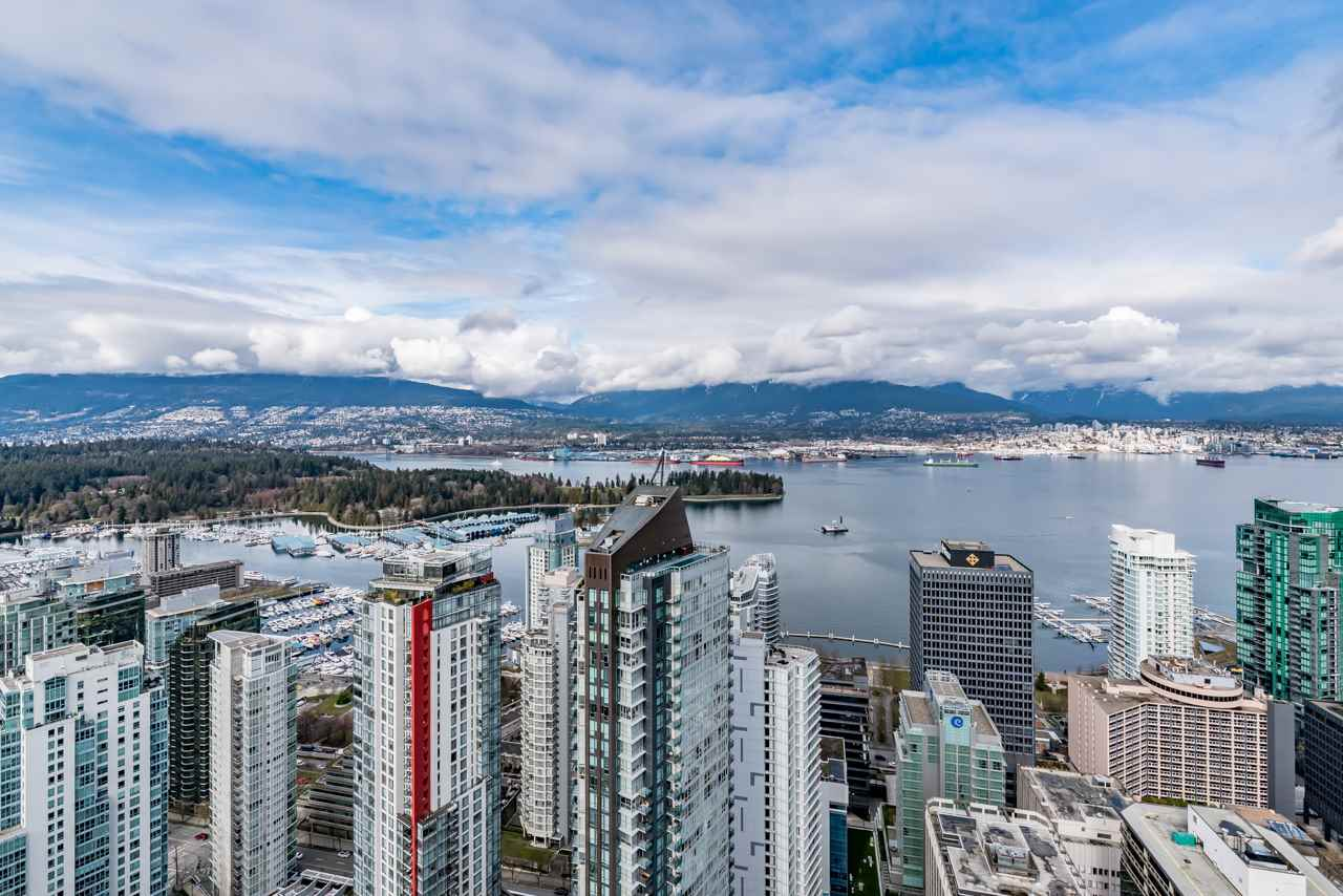Coal Harbour Condo for sale:  2 bedroom 1,560 sq.ft. (Listed 2017-05-03)