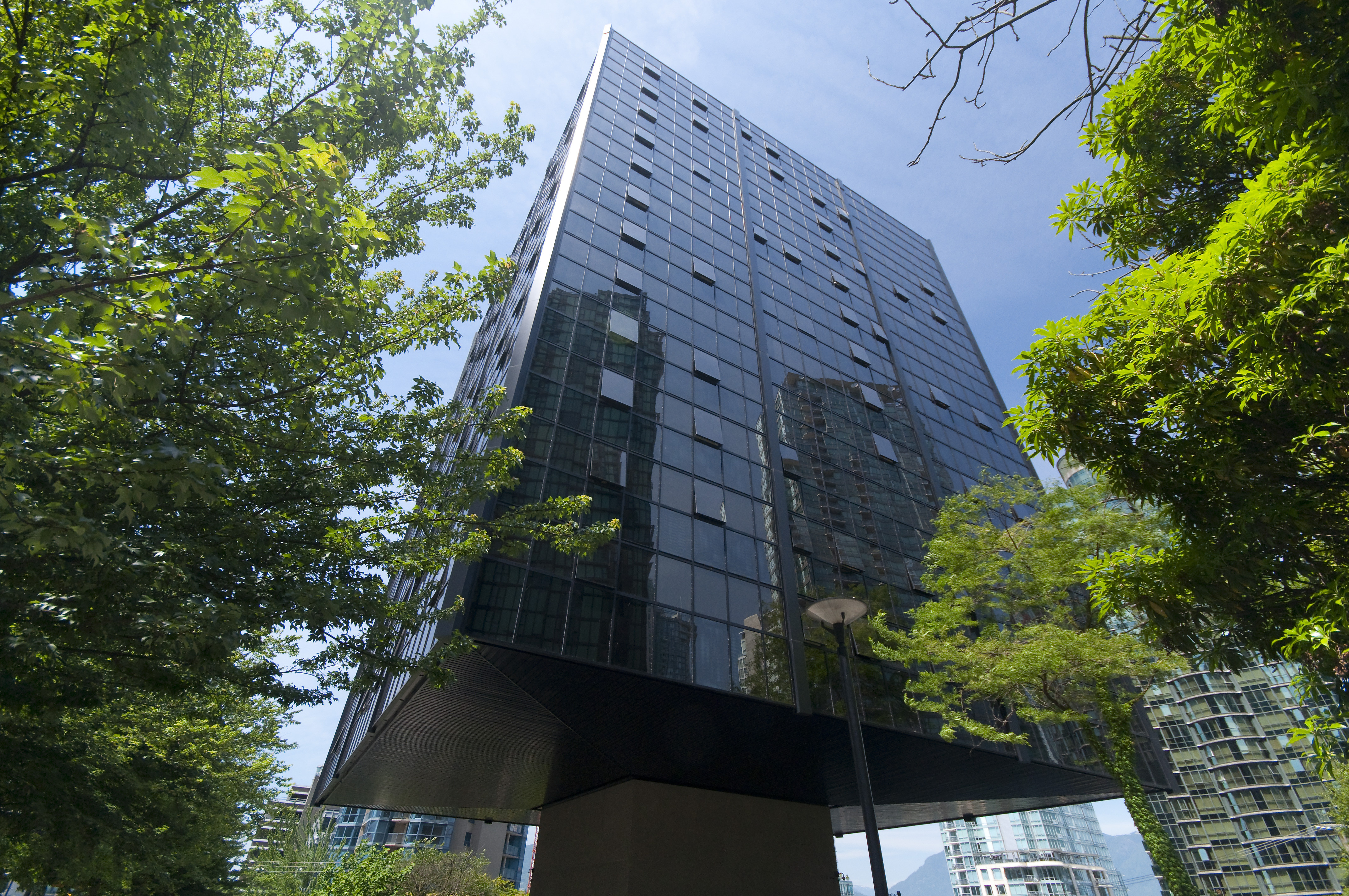 Coal Harbour Condo for sale:  1 bedroom 562 sq.ft. (Listed 2018-03-02)