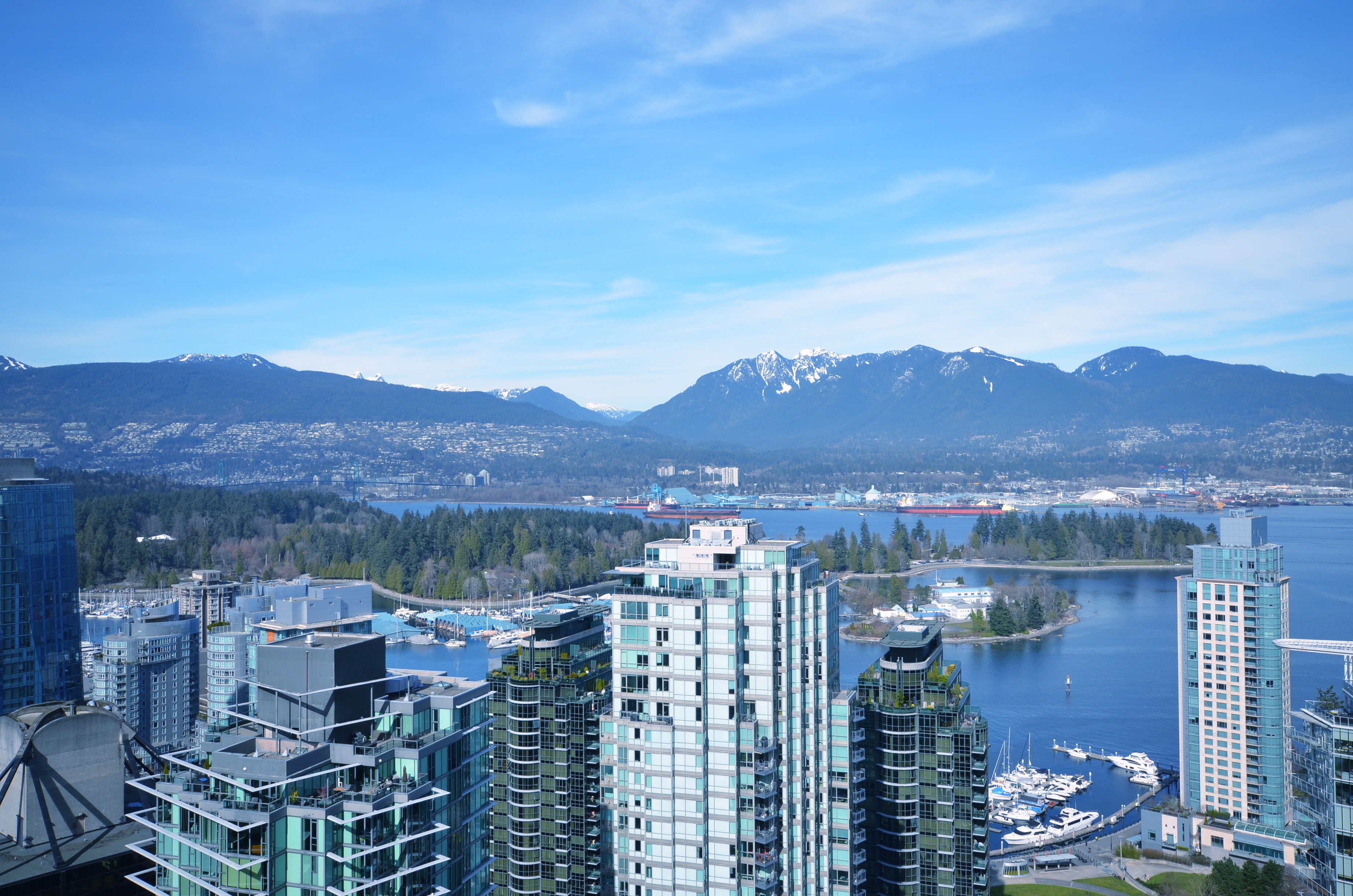 West End VW Condo for sale:  3 bedroom 1,135 sq.ft. (Listed 2018-03-12)