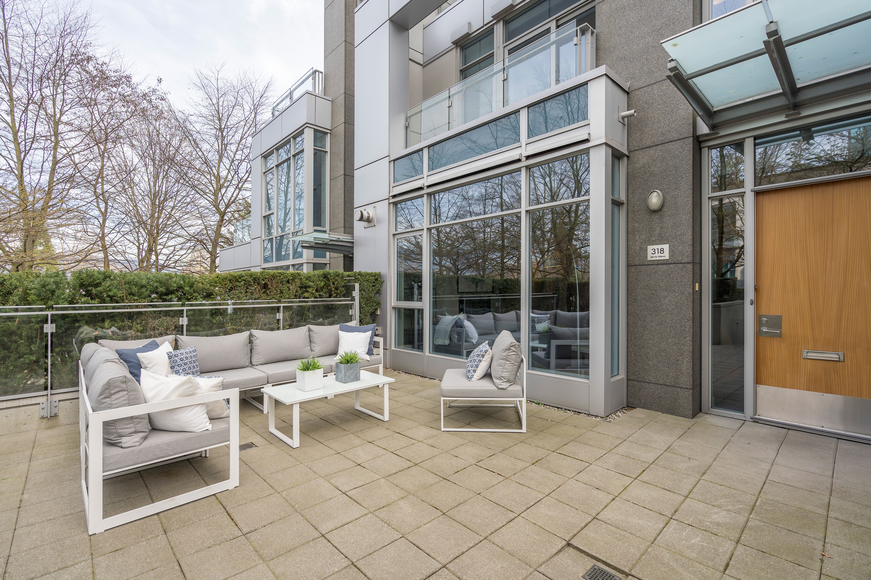 Coal Harbour  Townhouse for sale: Callisto 3 bedroom 2,156 sq.ft. (Listed 2019-04-08)