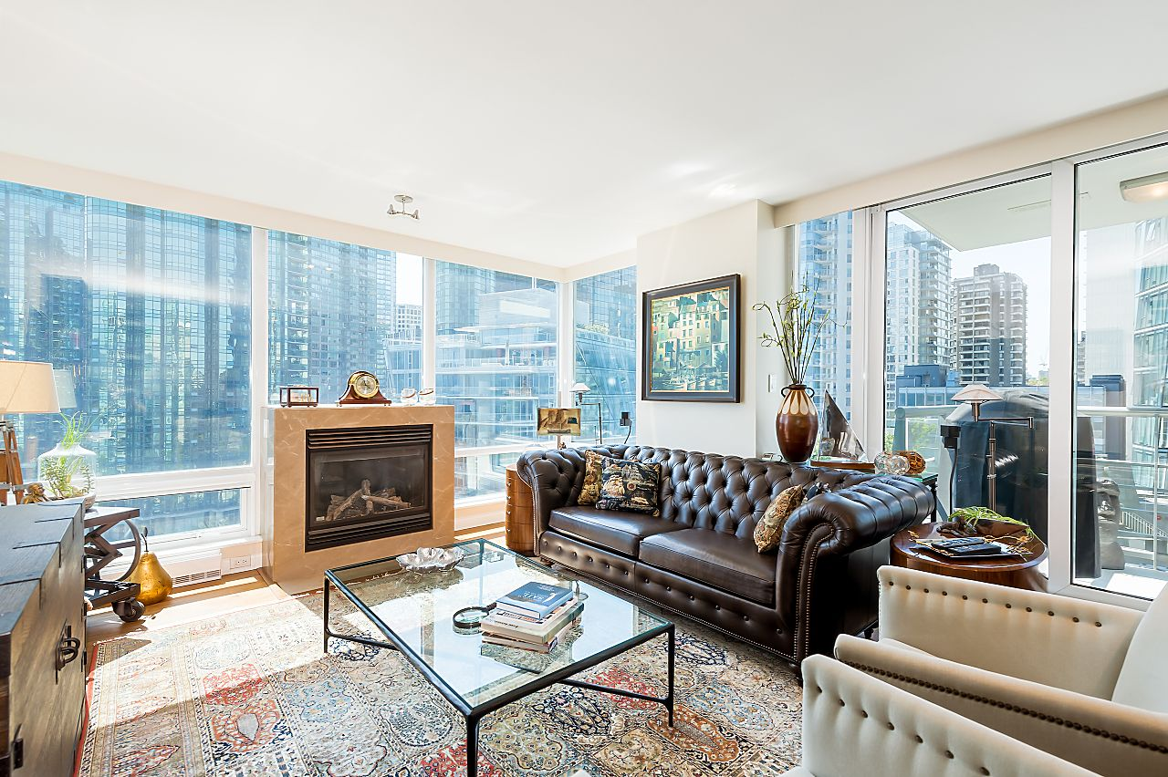 Coal Harbour Apartment/Condo for sale: Waterfront Place 2 bedroom 1,235 sq.ft. (Listed 2020-09-27)